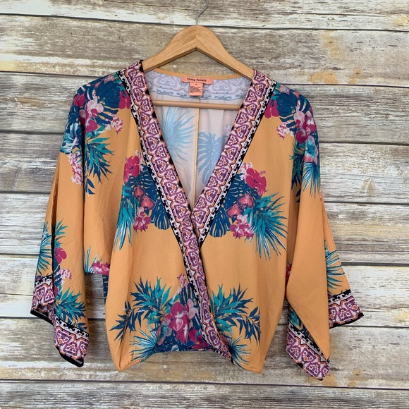Flying Tomato Tops - Flying Tomato Tropical Floral Crop Top